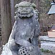 権五郎神社内(石上神社)うん